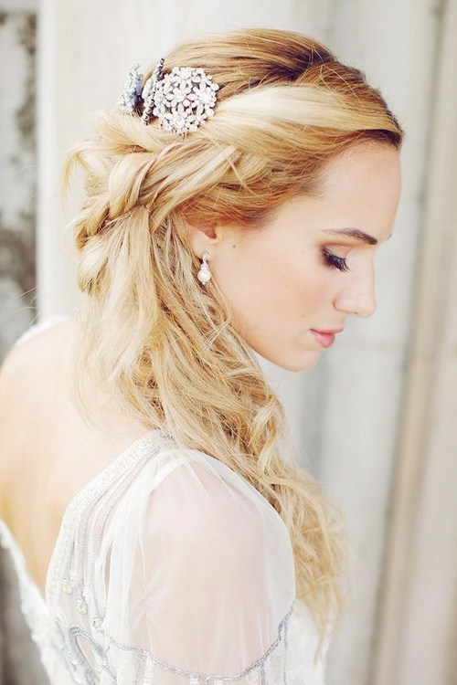messy wedding hairstyle
