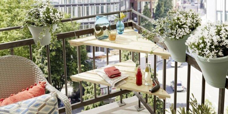 make a balcony table diy table hang balcony